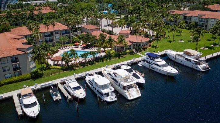 الذين يعيشون في Aventura فلوريدا-1